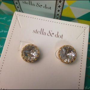 Stella & Dot Jewelry - Stella & Dot Nancy Studs