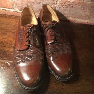 Johnston & Murphy Other - Leather dress shoes
