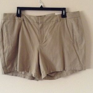 Pants - NWT Women's Khaki Shorts