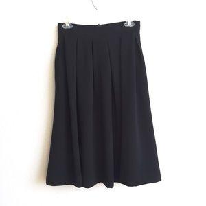 H&M Midi Pleated Skirt Black Size 6
