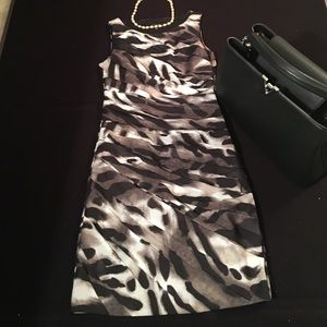 Dresses & Skirts - Ann Taylor Animal Print Sheath Dress - Size 0