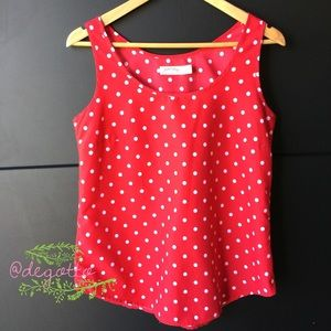 Tops - HP 🍒 Red top with WHITE POLKA DOTS