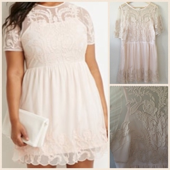 3x plus size lace light pink embroidered dress