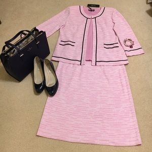 Misook Dresses & Skirts - 🌸REDUCED🌸 Misook 3 Piece Knit Skirt Suit w/ Tank
