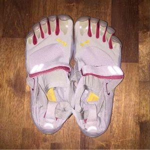 Vibram Shoes - Vibram Five Fingers