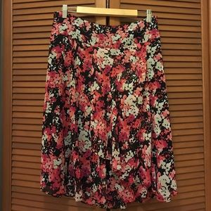 East 5th Dresses & Skirts - East 5th plus size floral skirt 18 pink black