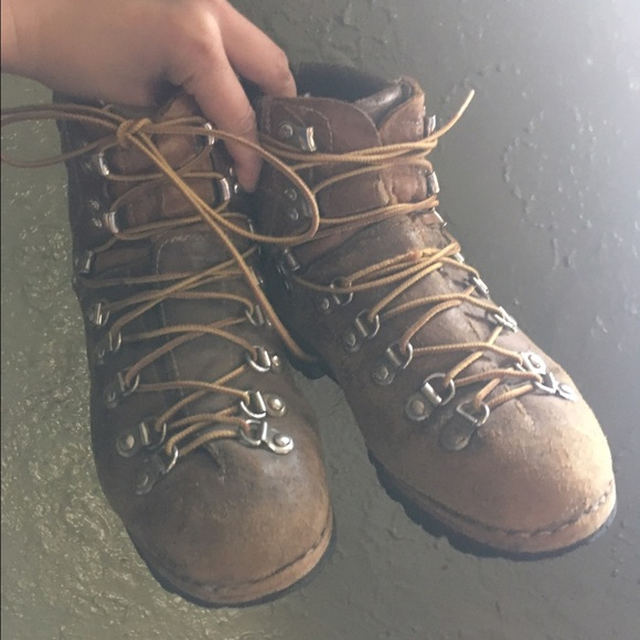 Vintage Leather Hiking Boots Made In Italy 7 wm