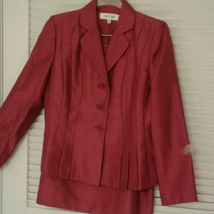 Dresses & Skirts - ♥️♥️ DRESSY RED SUIT 2PC