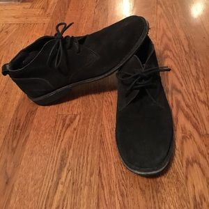 Other - Men's suede chukka made in India