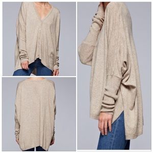 Sweaters - 🆕Tan Oversized Dolman Sleeve Deep V-neck Cardigan