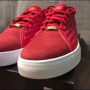 e9f50ee10f1 Nike Shoes - NIB Nike Lebron XIII Lifestyle Gym Red Gold
