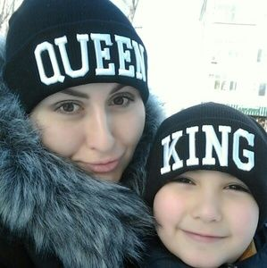 Accessories - King Queen Beanie Hat Set