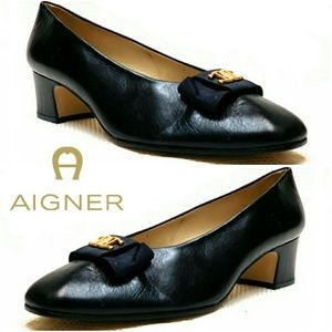Etienne Aigner Shoes - 💕NEW💕 ETIENNE AIGNER BOW SIGNATURE LOGO PUMPS