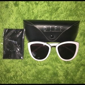 d8dcf5aa74b72 DIFF eyewear Accessories - DIFF eyewear Rose frame cat eye glasses