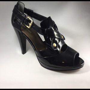 Nine West Shoes - Nine West Size 9W with 4in Heel Polished Black.