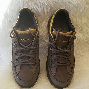 Lowa Shoes - Lowa men hiking boots