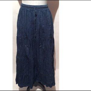 Crinkle Jean Skirt Size 16
