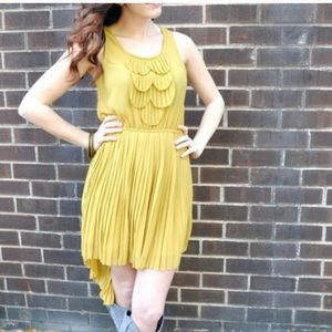 Dresses & Skirts - Pleated yellow chiffon hi-low dress