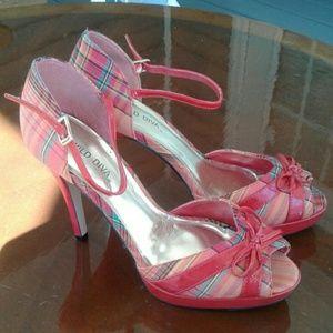"Wild diva 4"" heels red plaid sz10"