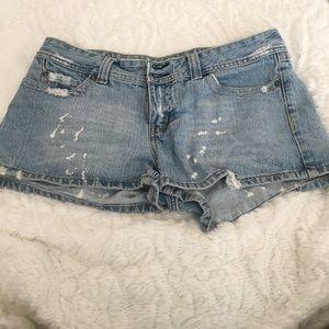 BONGO Pants - Light wash Bongo shorts!