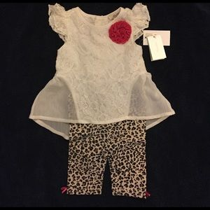 Bloomingdale's Other - Beautiful lace and leopard print outfit for baby