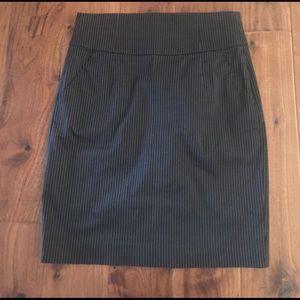 Banana Republic Black/white pinstripe skirt