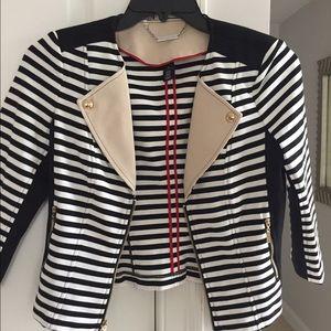 MUST GO !!!! Woman's Blazer Jacket