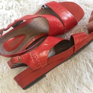 Clarks Shoes - Clarks artistan leather sandals
