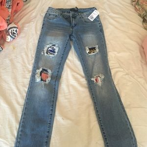 Forever 21 Denim - Brand new jeans with patches