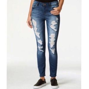 NWOT INDIGO REIN distressed skinny jeans