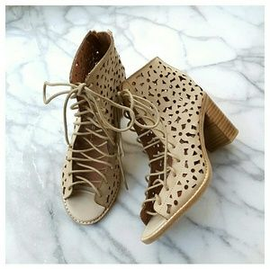 Jeffrey Campbell Shoes - Jeffrey Campbell Cors Daisy Booties