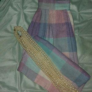 ilyza Dresses & Skirts - Vintage large plaid Midi skirt