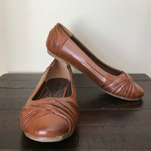 Never Worn Cognac Knotted Leather Flats