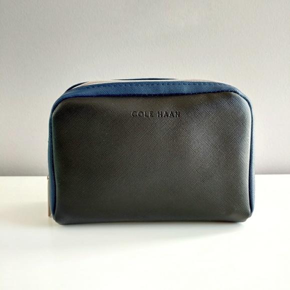 3ee0ab22bc0 Cole Haan Handbags - ∙HP∙ Cole Haan Makeup Bag