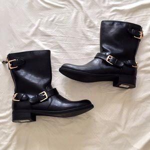 Unisa Shoes - Unisa women's black mid calf boots - size 8