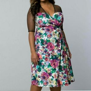 Kiyonna Dresses & Skirts - Sugar and Spice dress in Floral