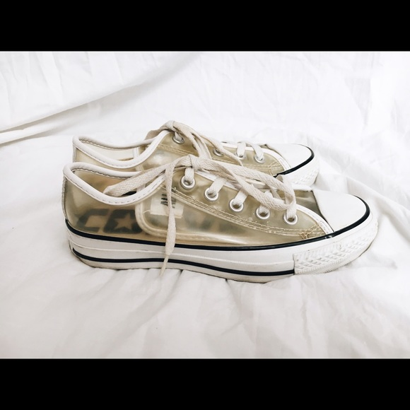 Converse Shoes - Clear Converse size 6 womens d01afdef41