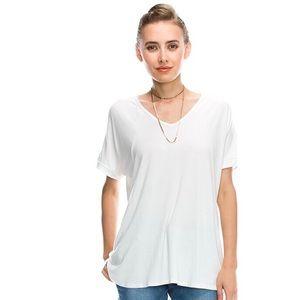 Tops - LAST 2 || BASIX Short sleeve ivory v-neck t shirt