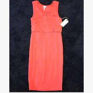 Dresses & Skirts - NWT Blouson body con dress size M
