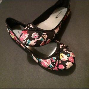 Shoes - Floral Black Ballet Flats