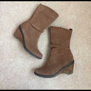 Shoes - EUC Brown Leather boots