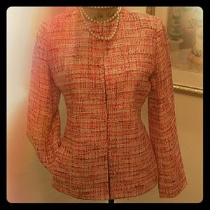 Talbots Jackets & Blazers - BLAZER FOR THAT SPECIAL SKIRT OR DRESS 💞