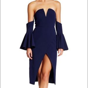 Few Moda Dresses & Skirts - Navy Off Shoulder Bell Sleeve Dress - NWT