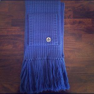 lululemon athletica Accessories - Lululemon scarf