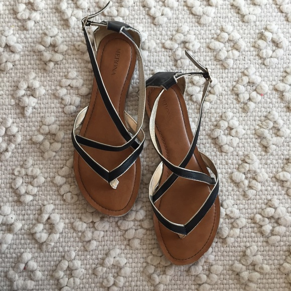 54c0db90af02 Target Merona black and gold strappy sandals. M 58b8a2bc6d64bc3588019769