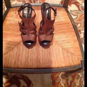 A. Marinelli Shoes - Comfy Brown pre loved shoes!