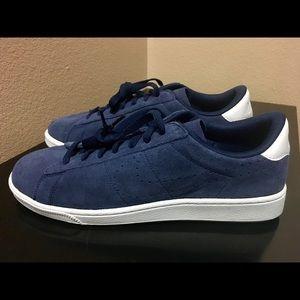 Nike Other - Nike Tennis CS Shoes