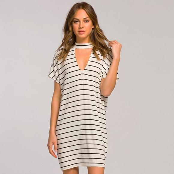 36e049c1c774 The cutest Choker striped dress