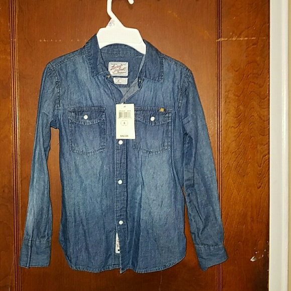 Lucky Brand Other - Lucky Brand denim button down shirt