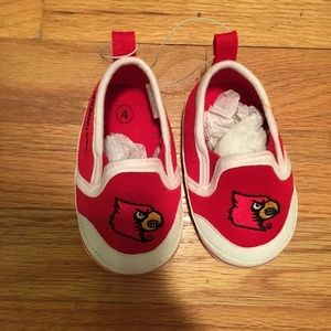 Other - Louisville Cardinals Size 4 Shoes